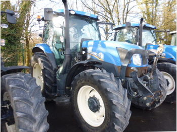 Колёсный трактор New Holland T6165