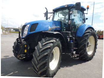 Колёсный трактор New Holland T7235