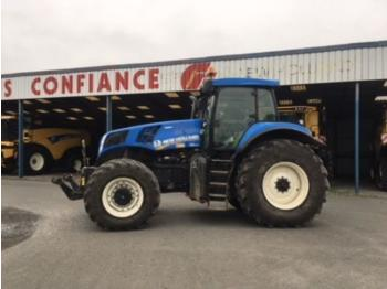Колёсный трактор New Holland T8.330