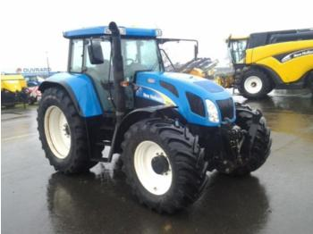 New Holland TVT170 - колёсный трактор